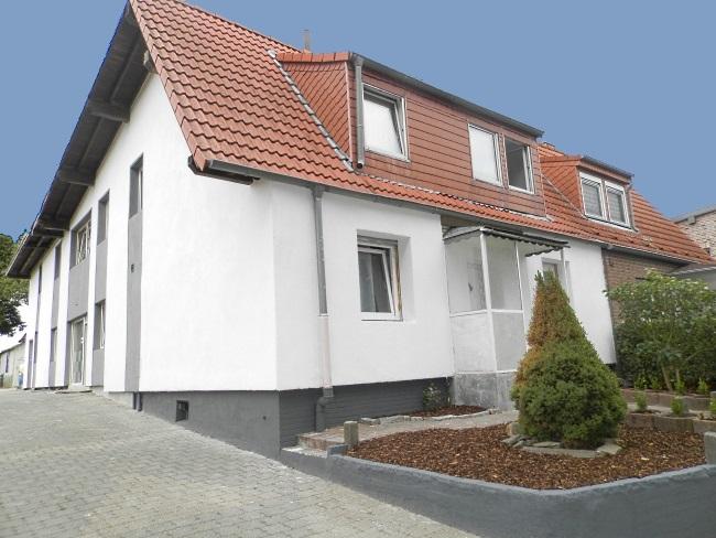 Die ganze Familie unter einem Dach – üppiges modernisiertes Mehrgenerationenhaus mit herrlichem Sonnengrundstück!