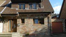 *Schmuckstück in Birkesdorf*- Aussergewöhnliche DHH für die große Familie mit pflegeleichtem Sonnengarten!