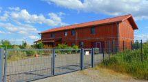 Neuwertiges Skandinavisches Niedrigenergie-Holzhaus mit Blockbohlen-Fassade! Vielseitig nutzbare Wohn-und Gewerbeimmobilie mit hochwertigen Features!!