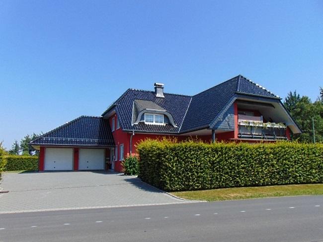 Hingucker in Monschau: Großzügiges Wohnambiente als Zweifamilienhaus