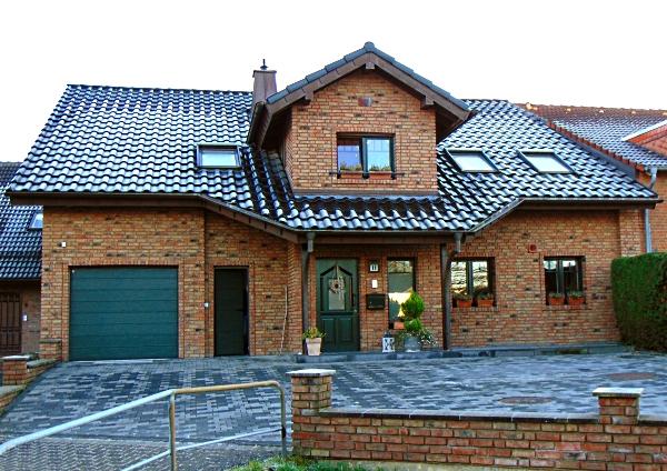 Wahrgewordener Wohntraum im Landhausstil – Topgepflegtes Einfamilienhaus für die große Familie!