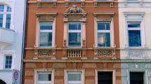 Lukratives 4-Familienhaus mit Ausbaupotential und Renovierungsbedarf in Zentrumslage!